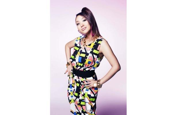 東京No.1女性MCのCOMA-CHIは、「Planet Shining」をカヴァー