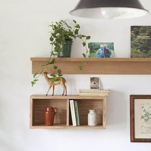 棚やフックなどと組み合わせるのも楽しい!「壁に付けられる家具・箱・オーク材」。 無印良品 ※写真は使用時のイメージ