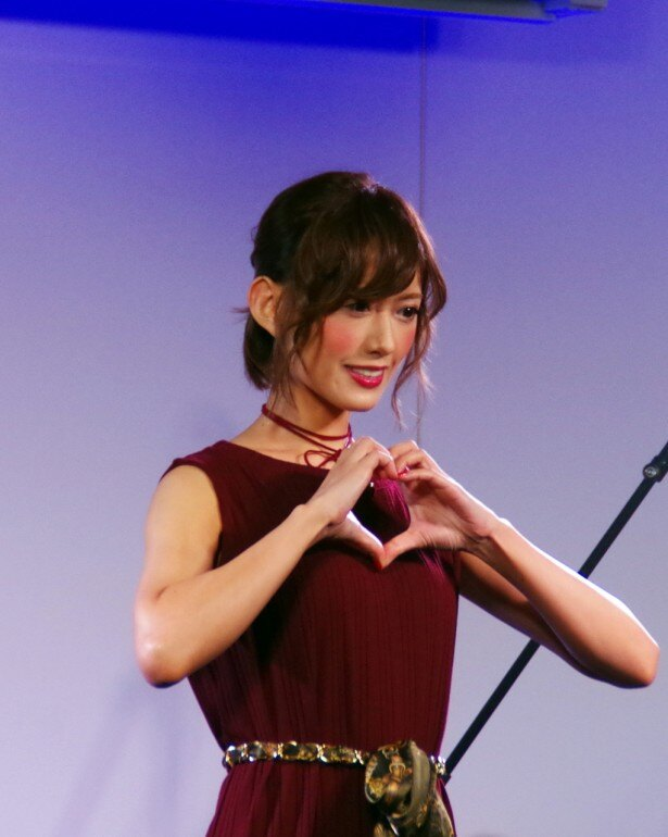 希島は3月5日にワンマンライブを行うことが発表された