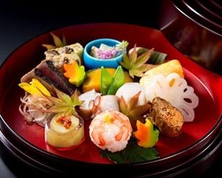 ディナー会席「錦繍」の八寸のイメージ(9月)。食べるのが惜しくなるくらい美しい料理の数々