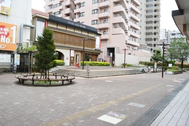 「中村橋駅」の南口には駅前広場があり、フリーマーケットなどのイベントの会場にもなる