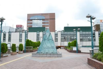 「練馬駅」の2階は、大きなペディストリアンデッキとつながっている