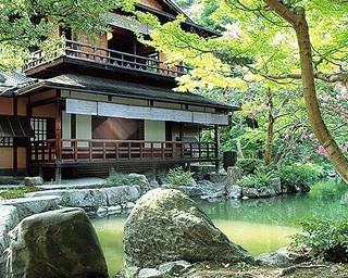 歴史的遺構と自然が共演!5分で知る京都御苑の見どころ