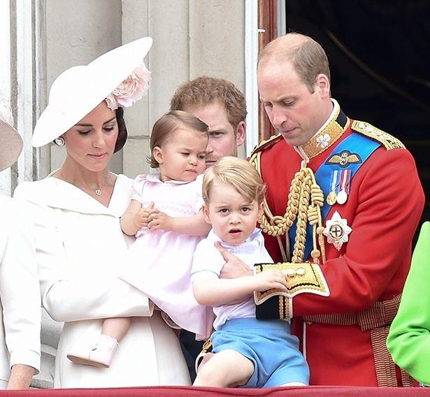 ウィリアム王子一家は揃ってバルモラル城へ遊びに来ていた