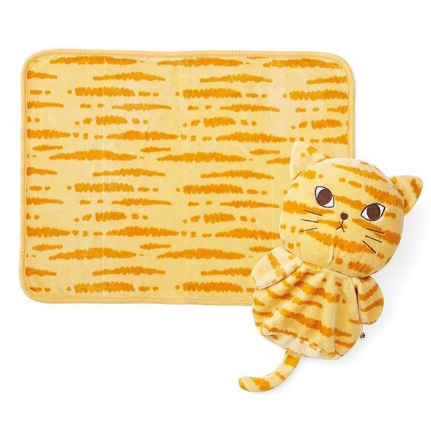 「もふもふに包まれる しましま猫のブランケット付きクッションの会」はブランケットと猫形のクッションがセット