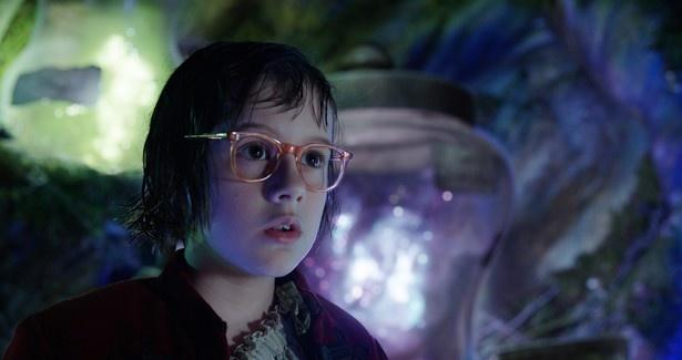 ひとりぼっちの少女ソフィーを演じたルビー・バーンヒル