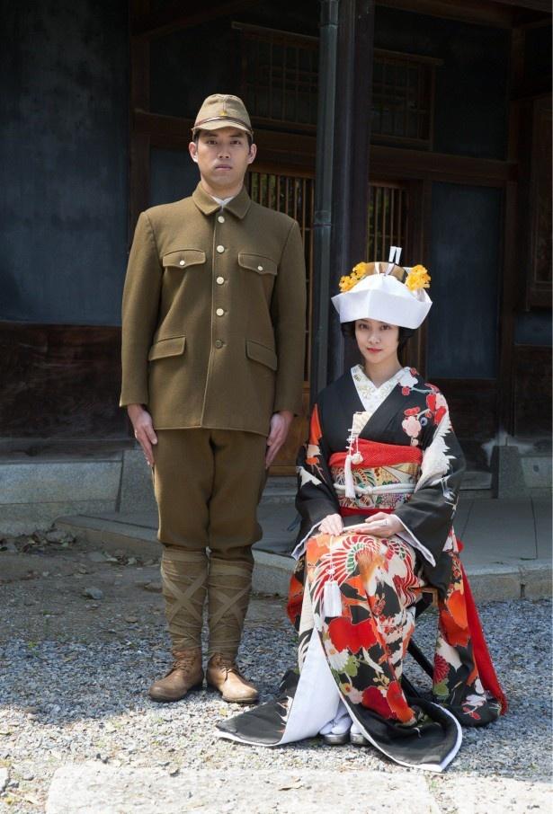 花嫁衣装について、武井は「本当にこの時代の作品ならではのものだと思いましたし、いい経験ができました」と語る