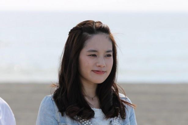 主人公を惑わす盗難癖のあるヒロイン、つぐみを演じる筧美和子