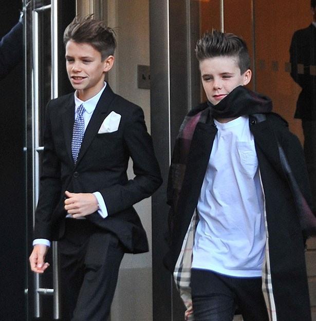 次男ロメオ(写真左)はモデル、三男クルス(写真右)はミュージシャンになる?