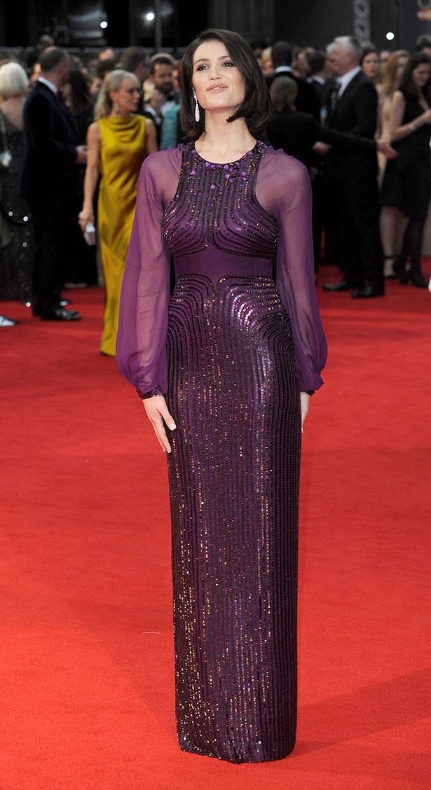 ジェニー・パッカムのドレスを着て登場したジェマ