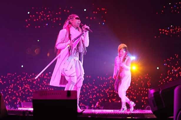 アイドルも悪魔も!アニソンを愛するステージに集結「アニサマ2016」1日目レポート