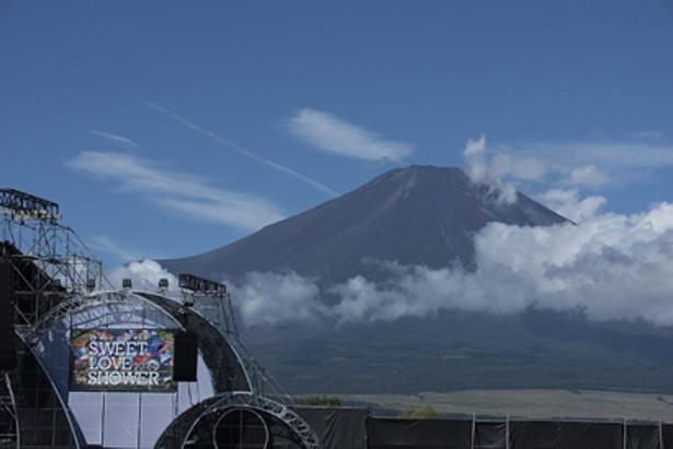 【写真を見る】世界遺産・富士山のふもとで行われた「SLS2016」