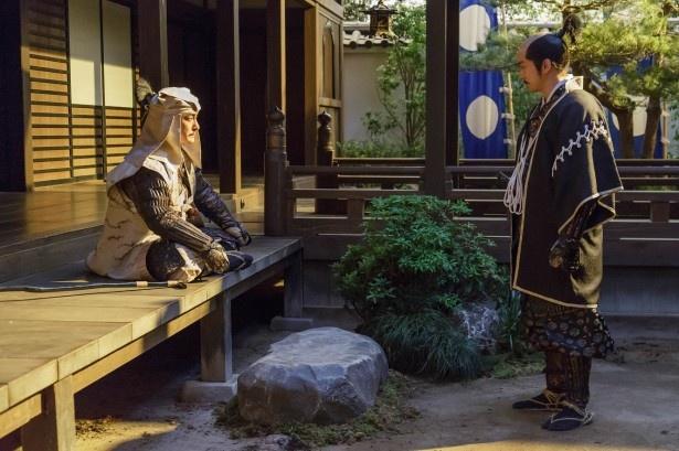 【写真を見る】吉継が盟友・三成に味方するシーンは視聴者からも高い人気が!