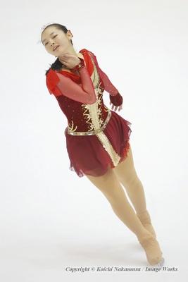 昨シーズンから持ち越しのプログラムだが、手の使い方など、安藤美姫の振付の影響も見受けられる