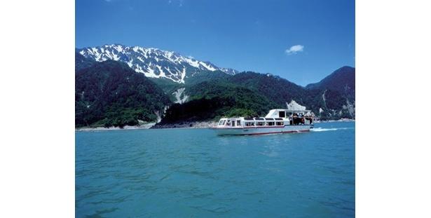 黒部湖を30分かけて1周する遊覧船ガルベ(大人930円)