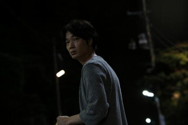 新宿でも、住所不定の怪しい男・大西直人(綾野剛)が出現
