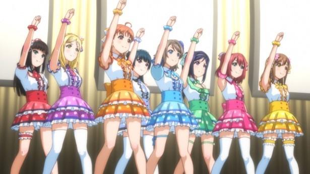 梨子が東京のピアノコンクールに臨むころ、千歌ら8人はAqoursとして「ラブライブ!」予選へ挑む