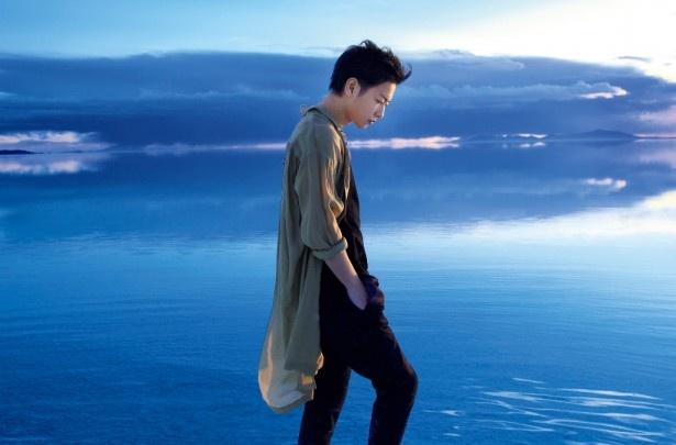 「ウユニ塩湖は人生でもう一度行きたい場所」と明かす