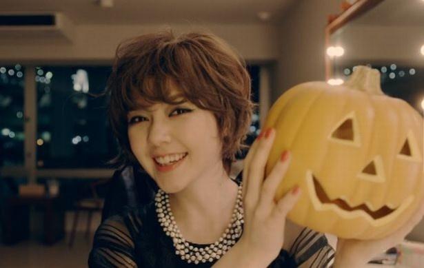 ハロウィンのパーティや仮装写真は、ヘアアレンジもぬかりなくキメよう