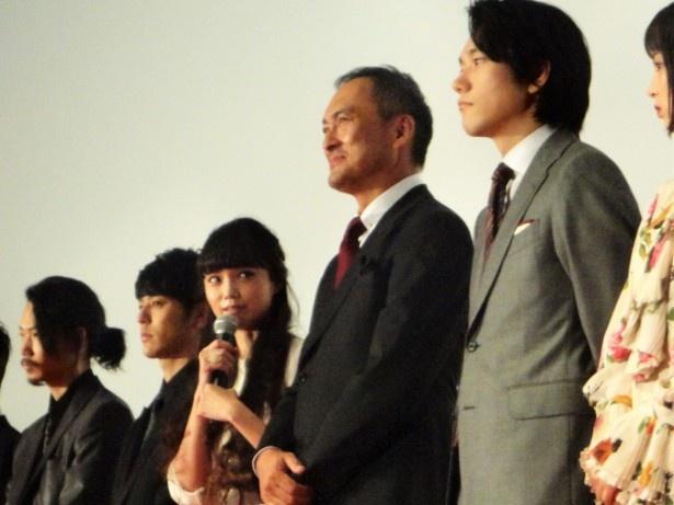 宮崎が共演者の印象を語ると、和気あいあいとした空気に包まれた