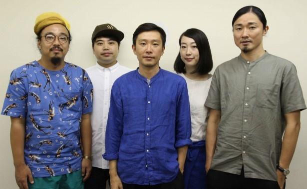 現体制では初となるアルバムをリリースしたbonobos・梅本浩亘、田中佑司、蔡忠浩、森本夏子、小池龍平(写真左から)