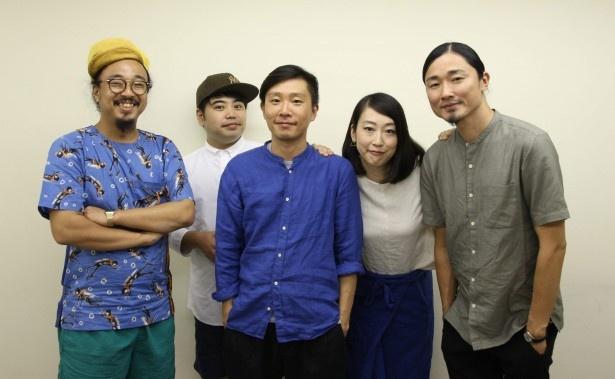 新譜に加え、10月からスタートするツアーへの意気込みも語ったbonobos・梅本浩亘、田中佑司、蔡忠浩、森本夏子、小池龍平(写真左から)
