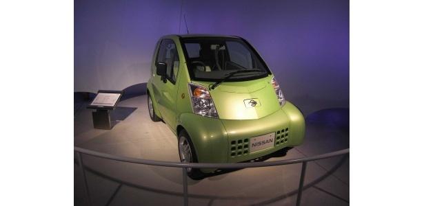 こちら10年ほど前に発売していた電気自動車「ハイパーミニ」