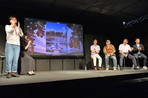 櫻井の第2期制作決定の声に会場は大きな拍手が鳴り響いた