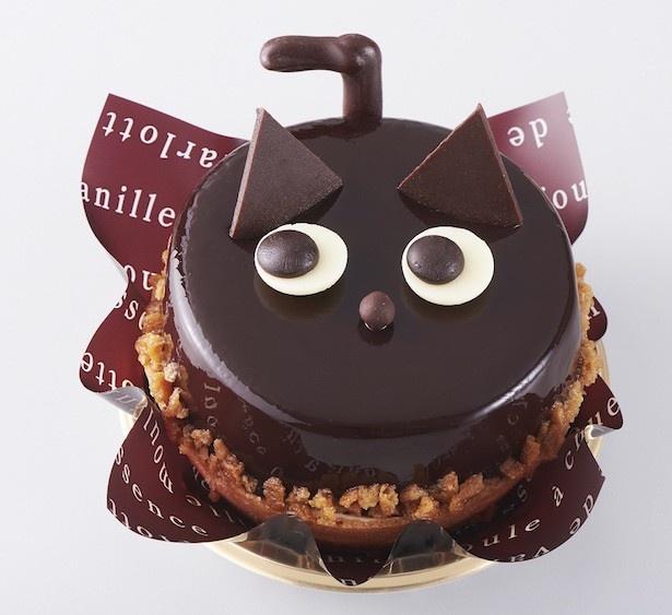 ハロウィンをイメージさせるキャラクターとして、魔女とともに知られる「黒猫」を モチーフにしたケーキ「ハロウィン 黒ねこ」