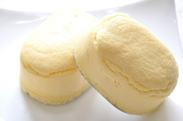 北海道スイーツで人気の「函館メルチーズ」(178円)