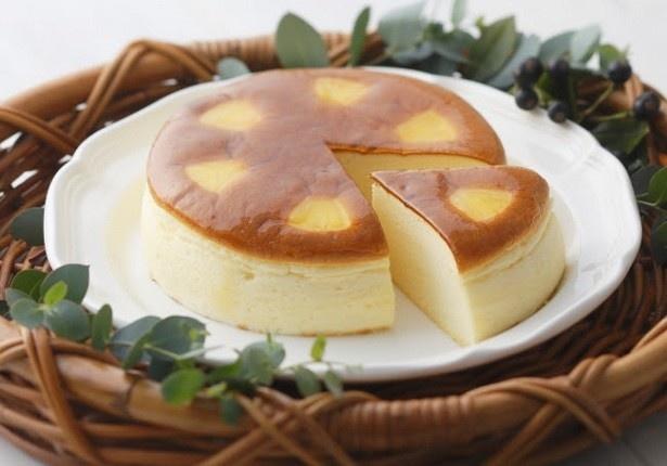 「赤い風船のチーズケーキ」(2057円)