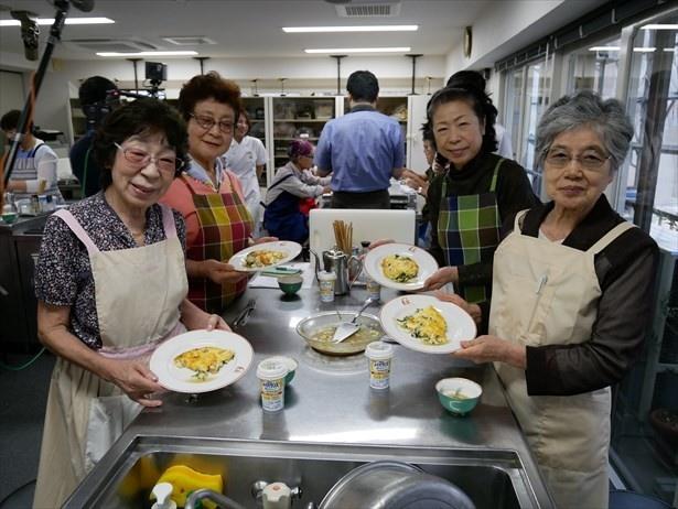 敬老の日に開催された「高齢者のための低栄養予防料理教室」