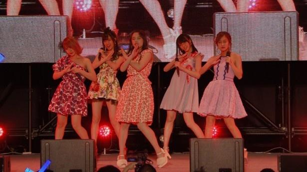 ℃-uteが9月10日の「℃-uteの日」に行ったライブ前のイベントとライブの様子をたっぷりと紹介