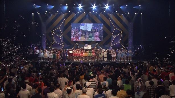 9月10日に行われた「愛踊祭~あいどるまつり~2016」の模様も紹介