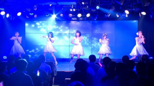 つりビットは来年2月に赤坂BLITZでワンマンライブを行うことを発表した