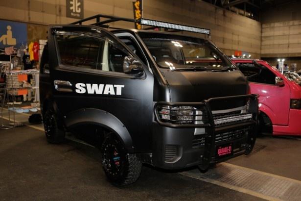 SWAT仕様ハイエース その14