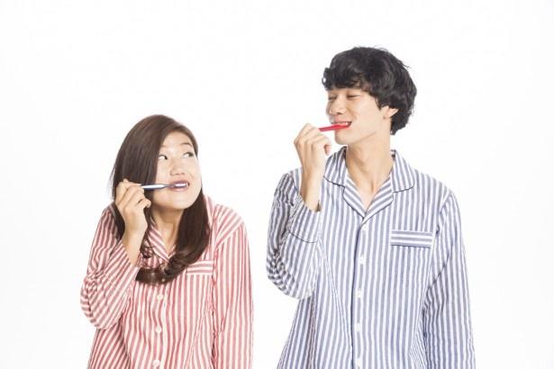 【写真を見る】新婚生活を夢見る横澤は念願の「ゼクシィ」に登場