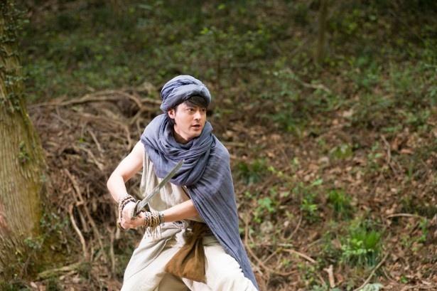 4年ぶりの復活となる勇者ヨシヒコ(山田孝之)