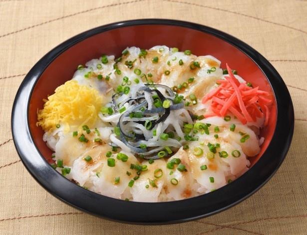 山口県代表は酢飯にマフグの刺身を乗せてポン酢をかけた、ふくの河久「下関フグ刺しぶっかけ丼」