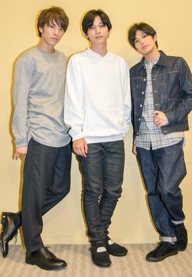 【写真を見る】ゴーカートでスピンを体験し、ビビってしまったと告白した吉沢亮(写真中央)