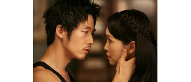社交ダンスのチャンピオンを目指す青年を描いた『情熱のステップ』(08)
