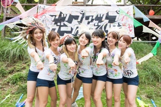 アップアップガールズ(仮)が静岡・西伊豆某所で「アップアップガールズ(仮) Road to 武道館 陸の孤島 秘境決戦」を開催した