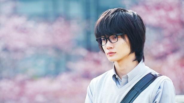 実写映画『3月のライオン』で、神木隆之介が演じる桐山零のビジュアルが解禁!