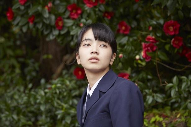 美少女モデルの夏芽を演じた小松菜奈