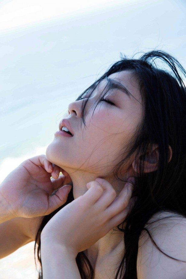【写真を見る】木嶋のりこが美し過ぎるフル裸身を披露した写真集