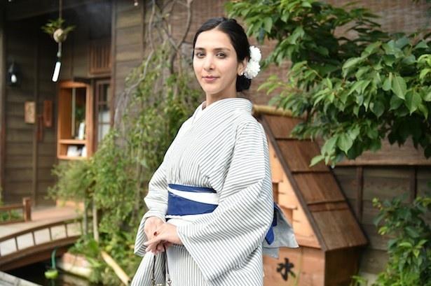 第2回では木綿の着物「川越唐桟」を着て、埼玉・川越を散策する