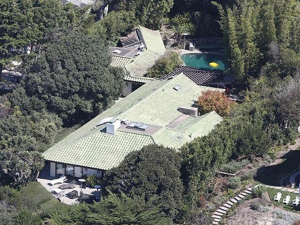 【写真を見る】資産価値12億円!アンジェリーナが借りた豪邸