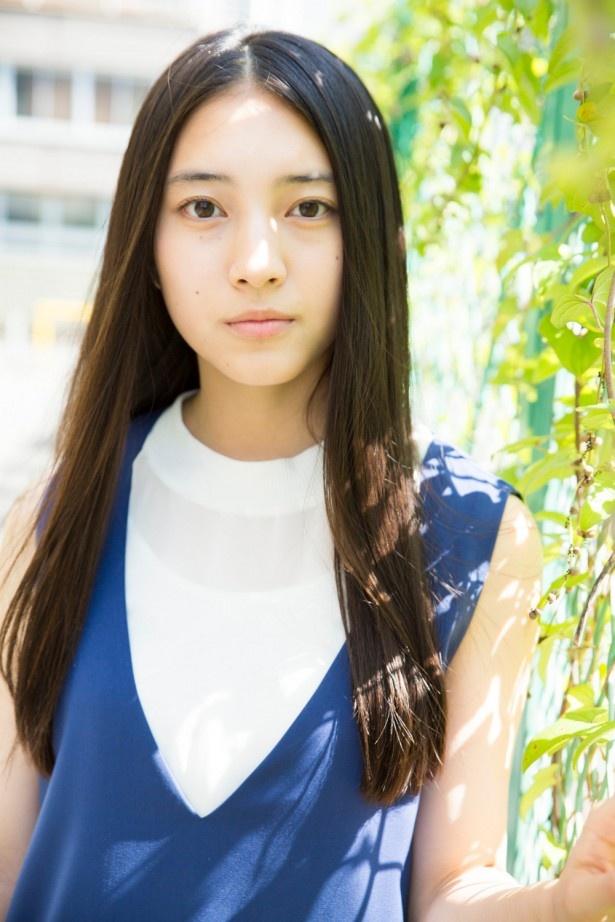 久保田紗友は「運命に、似た恋」でカメ子役を熱演