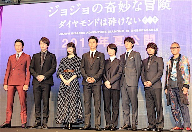 【写真を見る】山崎賢人、神木隆之介、小松菜奈ら豪華キャストが『ジョジョの奇妙な冒険』実写化に集結!