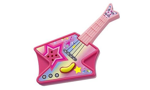 8/28にからもらえるエレキギター。レバーを横に動かすと音が出る